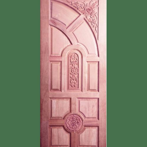 BEST ประตูไม้สยาแดงบานลูกฟักทึบแกะบาย   80x215 ซม. GC-01