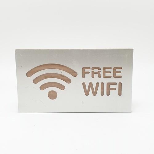 C Signage ป้ายอลูมิเนียม ประกบไม้  Free Wifi ขนาด16x9cm CSWHL-002 สีเงิน