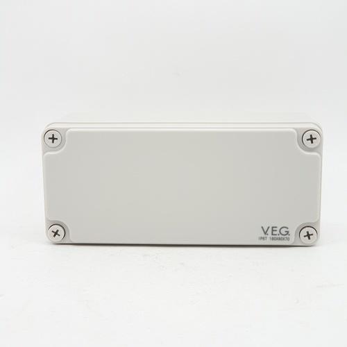 V.E.G กล่องกันน้ำพลาสติกTHE-07 180x180x70mm. V.E.G  ขาว