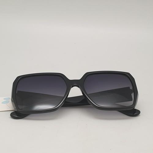 USUPSO USUPSO แว่นตากันแดดแฟชั่น เลนส์สีเทา  คละสี