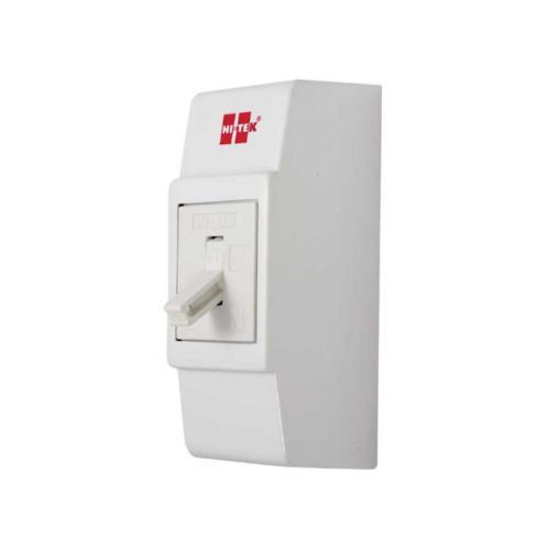 HI-TEK เบรคเกอร์ HT-28-30A สีขาว พร้อมกล่อง HCB28030WH