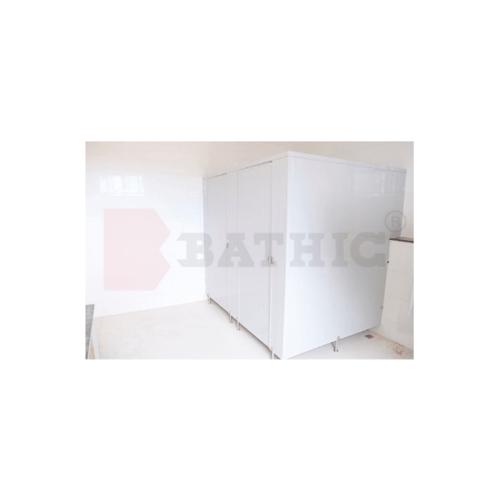 BATHIC ผนังหนังห้องน้ำ PVC แผงพาร์ทิชั่น 20cm.x150cm. สีเทา BATHIC PT สีเทา