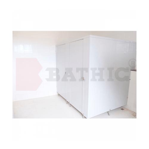 BATHIC ผนังห้องน้ำพีวีซี แผงพาร์ทิชั่น 170x190 cm.สีครีม BATHIC PT