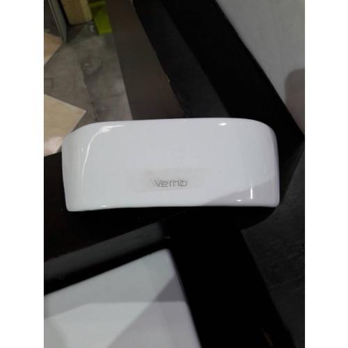 VERNO ฝาโถสุขภัณฑ์ Verno สีขาว